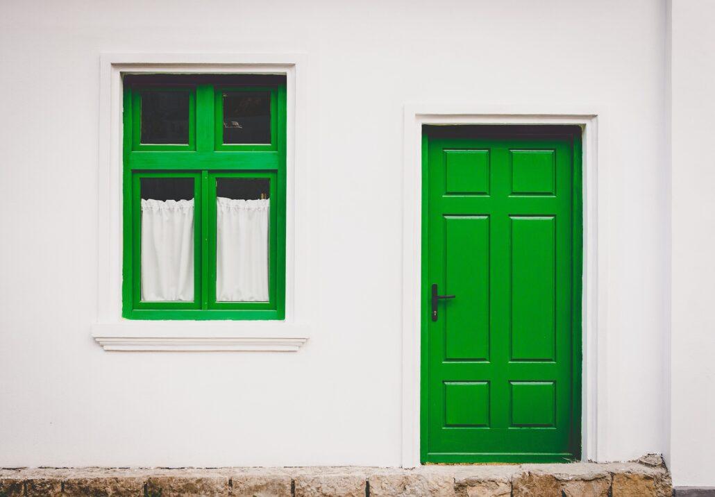 Hus vindue og dør